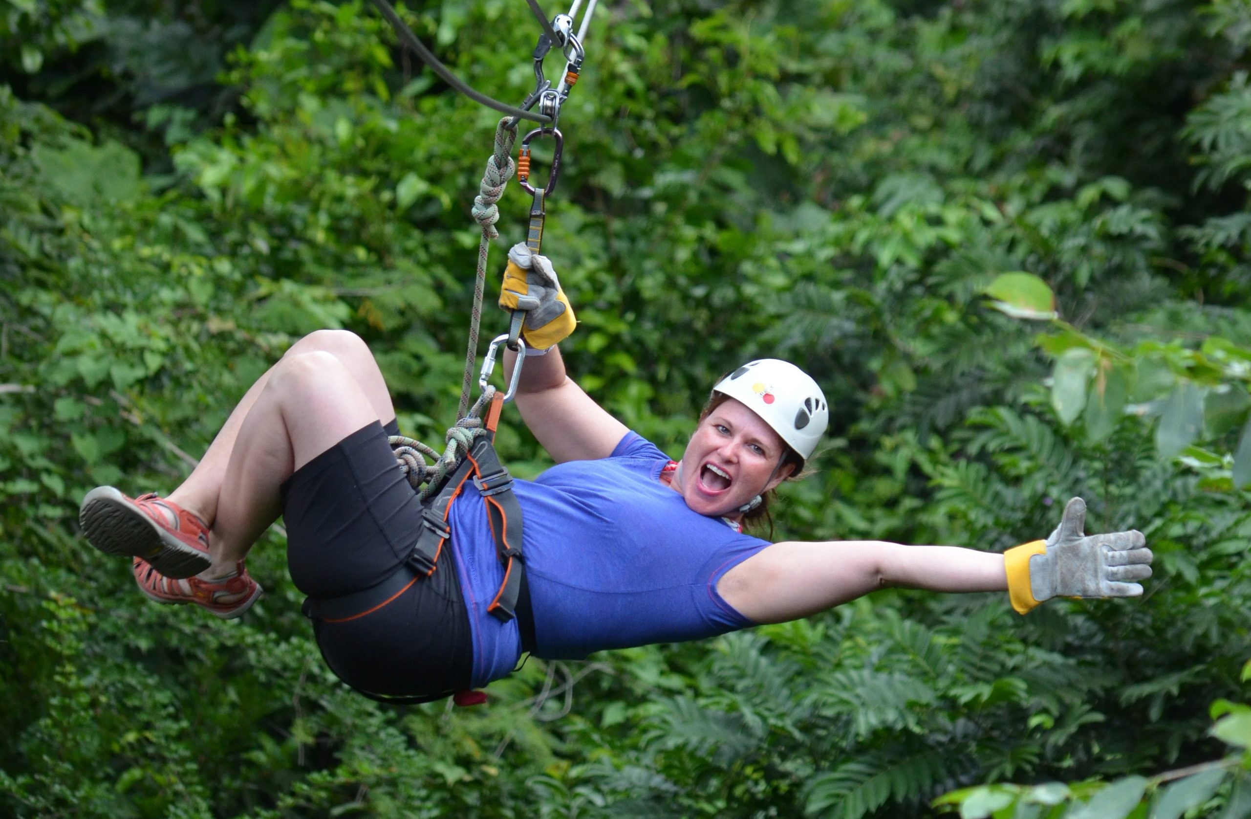 Zipline Tour – 12 Plus 1 Ziplines
